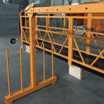 monophasé a suspendu la plate-forme de câble métallique 800 kilogrammes 1.8 kilowatt, vitesse de levage 8 -10 m / min